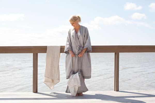 LapuanKankurit Kaste bathrobe and towels